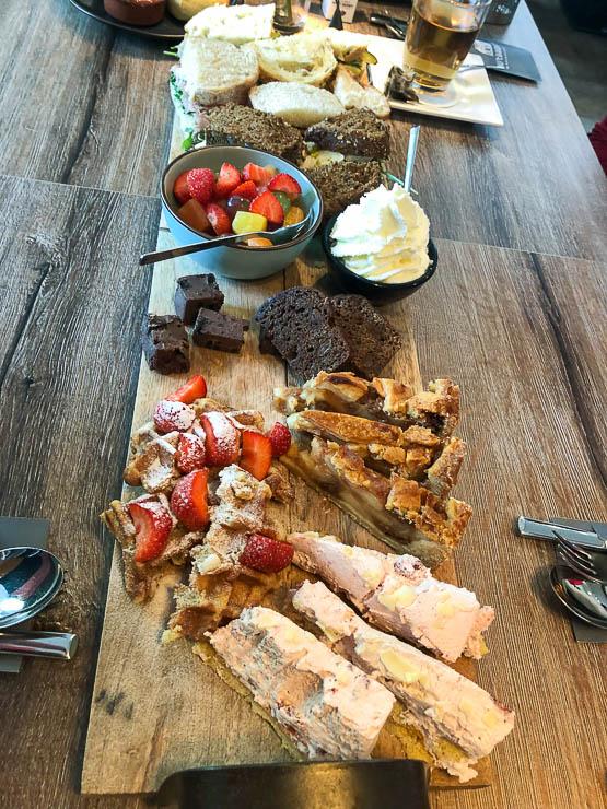 High tea bij 'Bij 't Raadhuys' in Barneveld   Foodaholic.nl